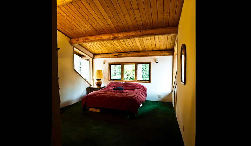 yosemite_gateway_chalet_vacation_rental_california_river_room_gallery_1